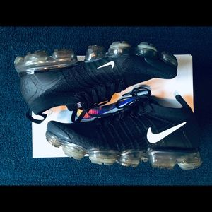 Nike Vapormax Flyknit 2.0 Black Size 9